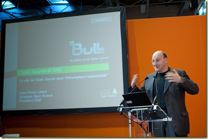 Jean-Pierre Laisne de Bull au Salon Solution Linux 2010 (9)
