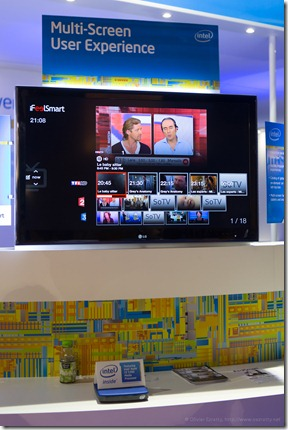 iFeelSmart on Intel booth (France) (2)