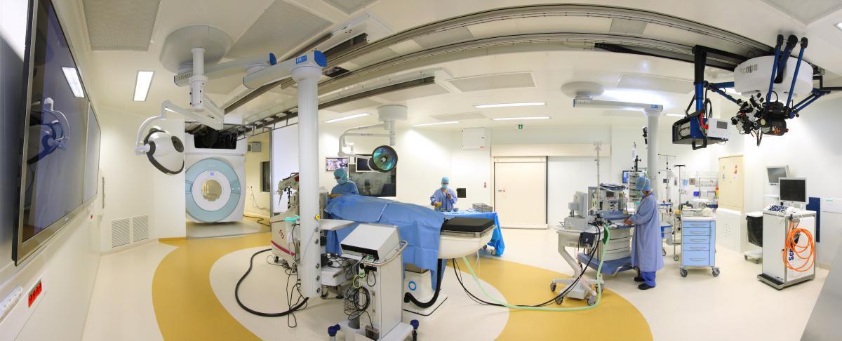Salle d'opération de Clinatec