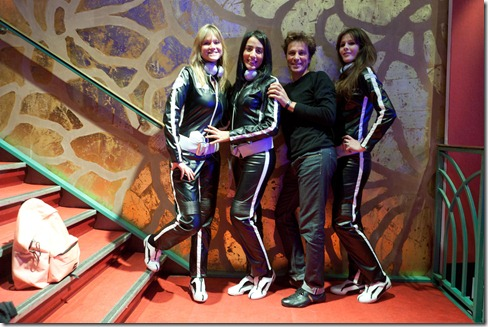 Pascal Lorne and the Miyowa girls @ LeWeb 2010 (2)