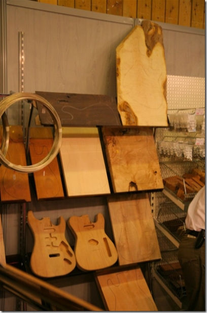 Choisir son bois pour sa guitare personnalisée