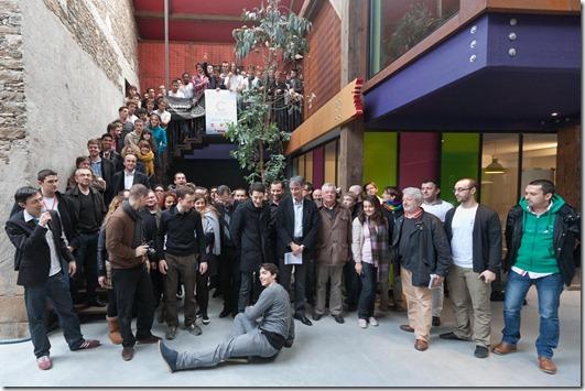Equipes au complet du Startup Weekend Nantes Feb2011 (2)
