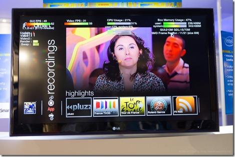 iFeelSmart on Intel booth (France) (3)